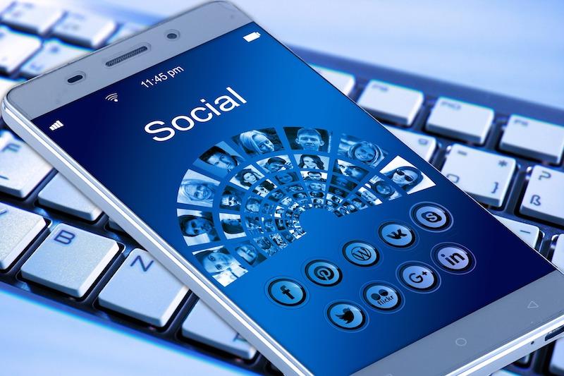 social_media_minig