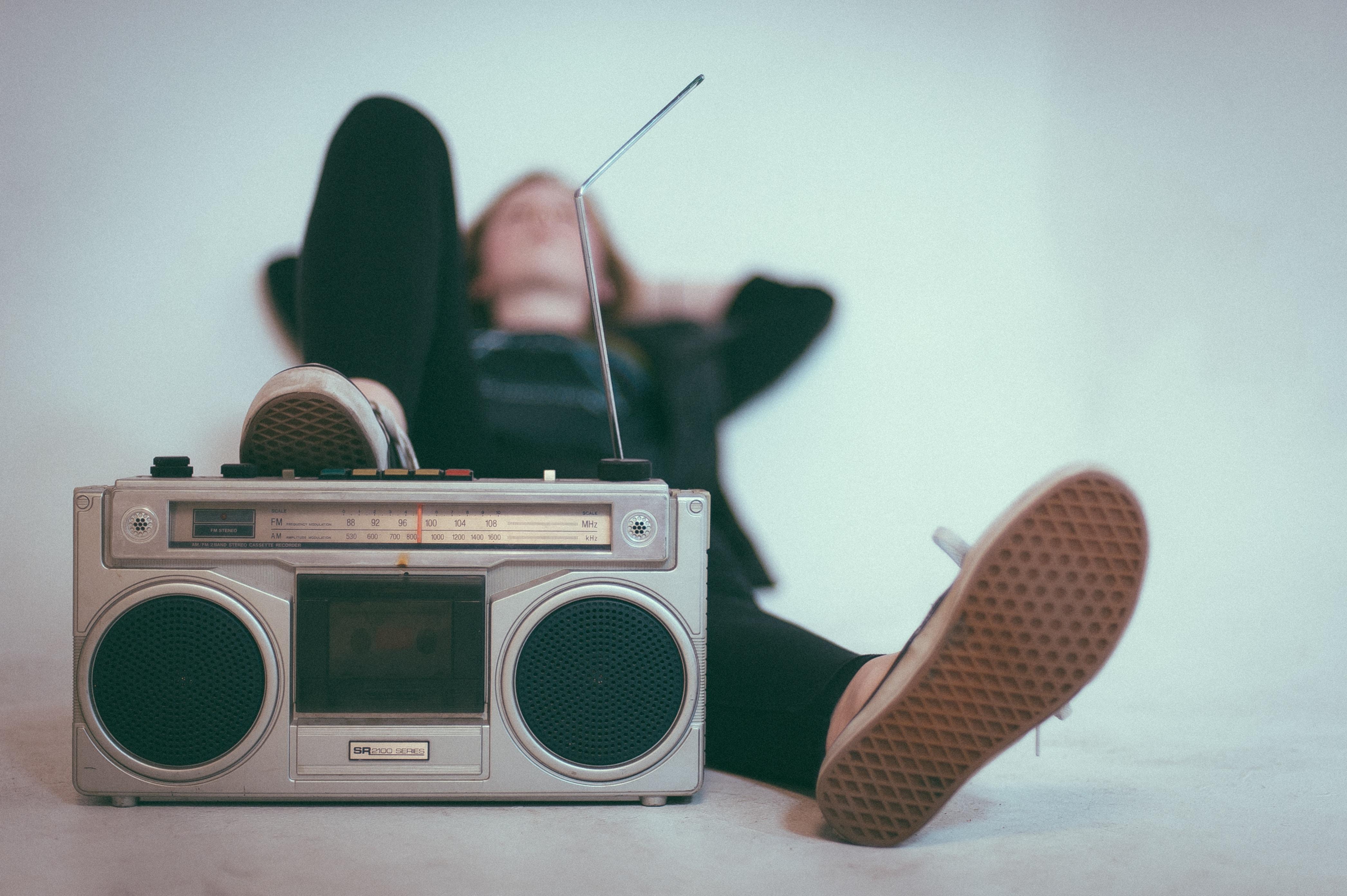 web-listening